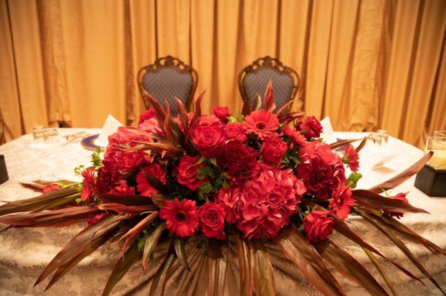 結婚式,装花,メインテーブル,披露宴,レッド